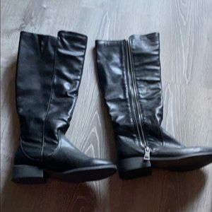 Women's Boot Bundle *tall black boot & tan boot*